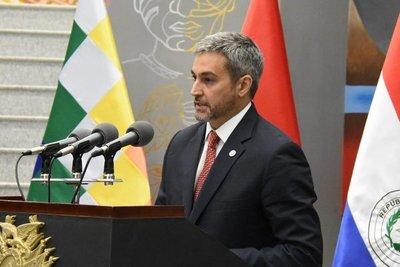 Presidente plantea crear una Comisión Binacional para diversificar flujo comercial con Bolivia