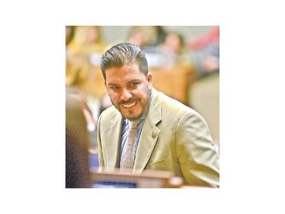 Urgen tratar la pérdida de investidura de Carlos Portillo
