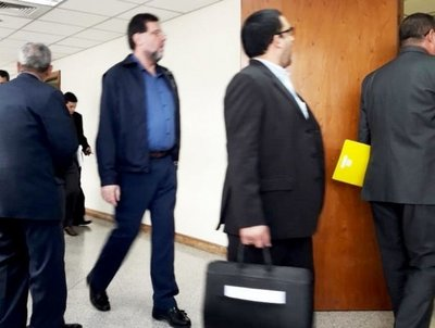 Fiscalía ratifica acusación contra Riart
