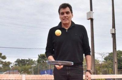 10 anécdotas del paraguayo que jugó la final de un Roland Garros