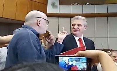Sanción cumplida y Payo vuelve a su banca en el Senado