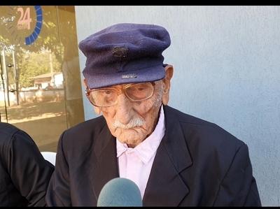 Excombatiente lamenta que no podrá festejar sus 105 años