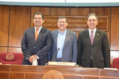 Blas Llano asume la titularidad del Congreso periodo 2019-2020