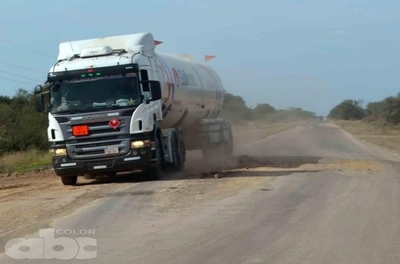 Ruta Transchaco: MOPC sigue llenando los baches con arena