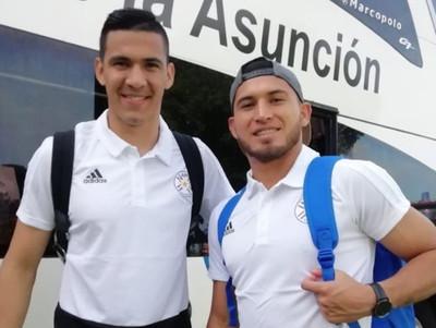 La selección paraguaya viaja a Brasil con esperanza