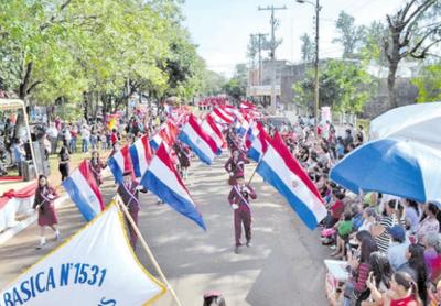 Remansito celebra  sus  45 años con desfile