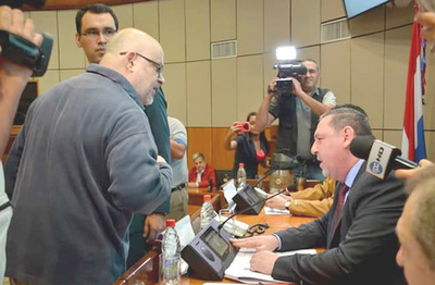 Payo insiste en que hay elementos para pedir pérdida de investidura de Zacarías