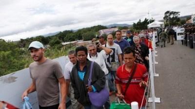 Ingresan 5.400 venezolanos por día a Perú, poco antes de pedirles visa