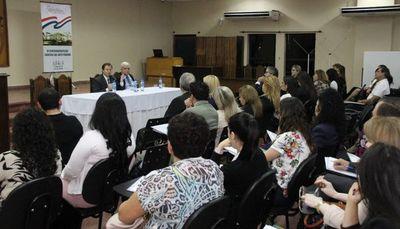 Desarrollan taller sobre razonamiento y resolución judicial