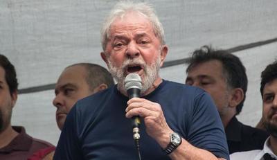 Defensa de Lula dice que diálogos filtrados revelan imparcialidad