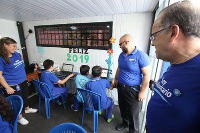 Unos 600 colaboradores de Tigo asistieron a escuelas públicas