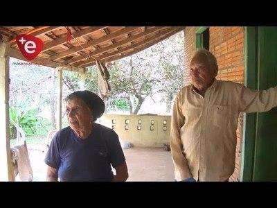 HURTAN Y FAENAN ANIMAL VACUNO DE HUMILDE FAMILIA EN CAMBYRETÁ