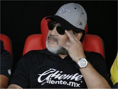 """Maradona: """"Tengo que pensar en mí y en mi salud"""""""