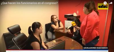 Ratos libres y naipes: los pasatiempos del Congreso