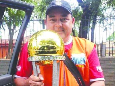 Amado, el canillita del tricampeón paraguayo