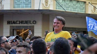 Juez absuelve a autor de puñalada a Bolsonaro pero ordena su reclusión