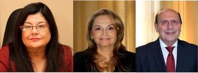 Llanes, Méndez de Buongermini e Ynsfrán, en la terna para la Corte