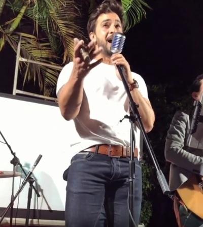 Carlitos Ortellado Mostró Su Faceta De Cantante