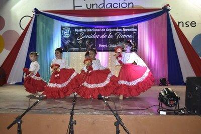 La música y la danza unen a los pueblos en Pirayú