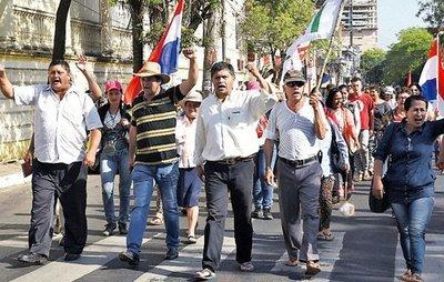 Manifestantes volverán mañana a Asunción