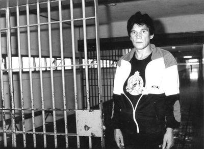 """Carlos Monzón, reo VIP en la cárcel de Batán. Habló """"El Pacha"""", su valet."""