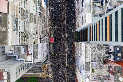 Cientos de miles en calles de Hong Kong, a pesar de retroceso del gobierno