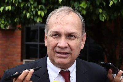 Reúnen firmas para exigir renuncia del intendente de Asunción