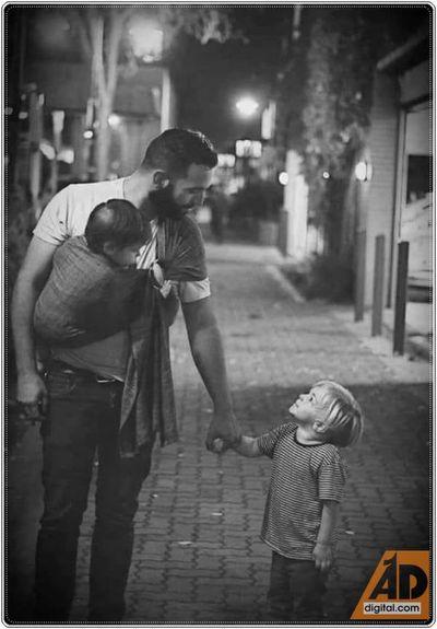 Padre es quién cría y educa. No quién engendra.