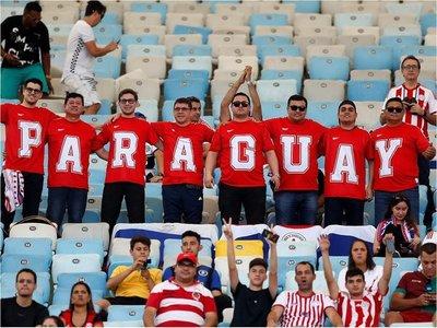 Paraguayos acompañan a la Albirroja en su debut en la Copa América