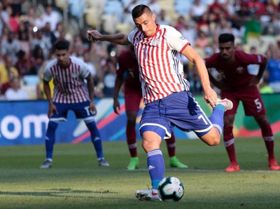 Paraguay y Catar igualan en debut de Copa América