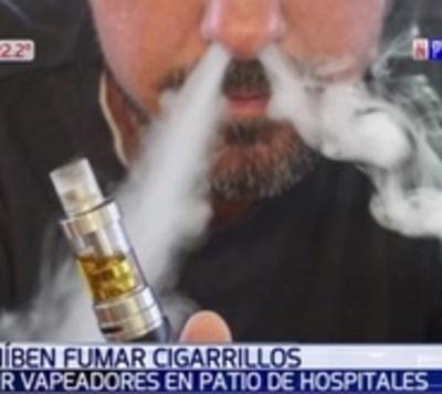 Salud pone la cruz al tabaco y 'vape': No se puede fumar en hospitales