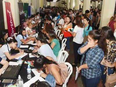 Feria de empleo para personas que no culminaron la secundaria