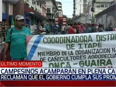 Campesinos llegaron a la capital para movilizarse