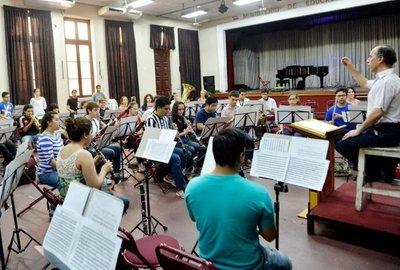 Lanzan campaña para elevar al CONAMU a Instituto Superior