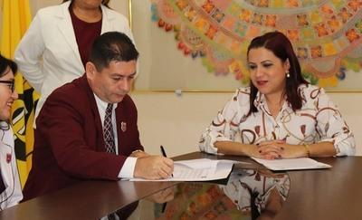 FAFI firma convenio de cooperación con el CRECE