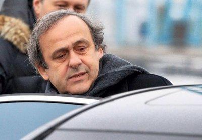 Michel Platini fue puesto en libertad después de ser interrogado