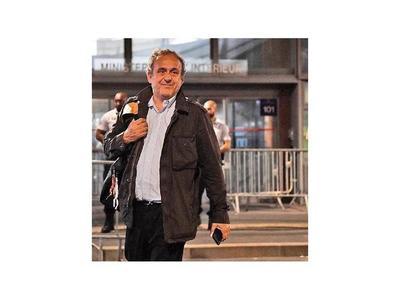 Michel Platini, detenido por causa sobre sobornos