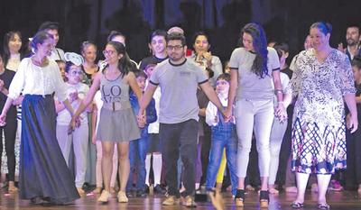 Curso de actuación en la academia Guaraní