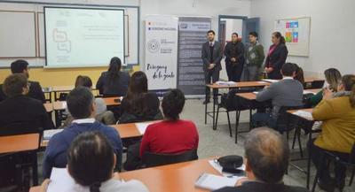 Servidores públicos son beneficiados con el curso de  Guaraní Comunicativo en la Función Pública