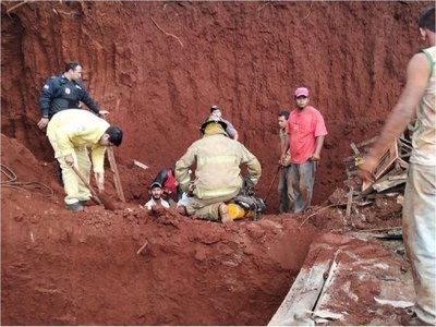 Albañil muere en derrumbe de una obra en Minga Guazú