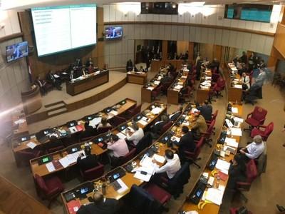 Aprueban en general proyecto de ley de reforma tributaria