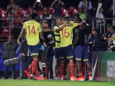 Colombia venció con lo justo a Qatar y clasificó a cuartos de final de la Copa América