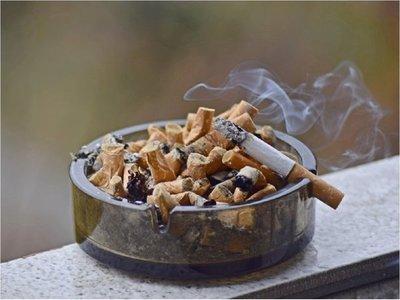 Senado aprueba suba de tasa máxima para tabaco y alcohol