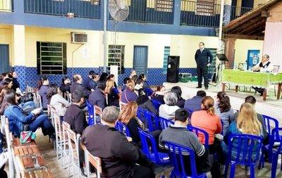 Intiman al MEC para que aclare sobre el guaraní