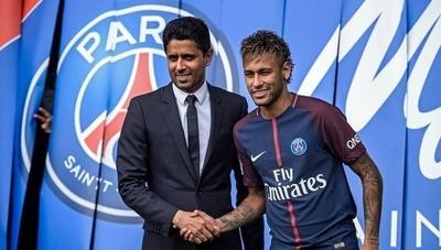 HOY / El PSG pediría al menos 300 millones por Neymar