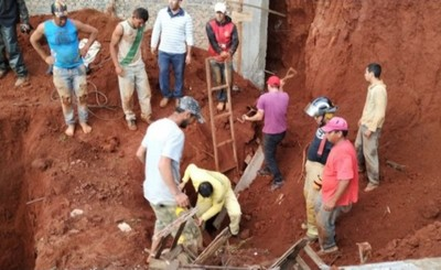 Muerto tras derrumbe de obra en Minga