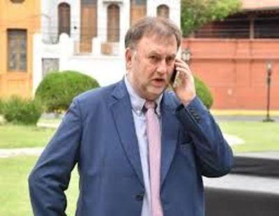 Presidente del Congreso admite que Benigno López debe aclarar denuncia de desvíos millonarios en el IPS