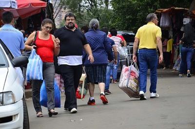 Gobierno analiza elevar cota de compras de US$ 300 a US$ 500, entre Paraguay y Brasil