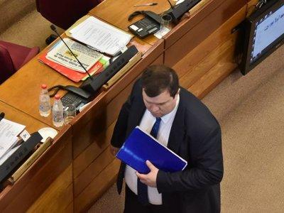 Dionisio Amarilla acciona para recuperar su banca en el Senado