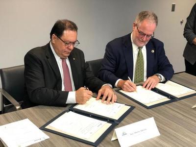 ITAIPU firma acuerdo en EE.UU con Smithsonian para contar con mayor centro ambiental del Cono Sur